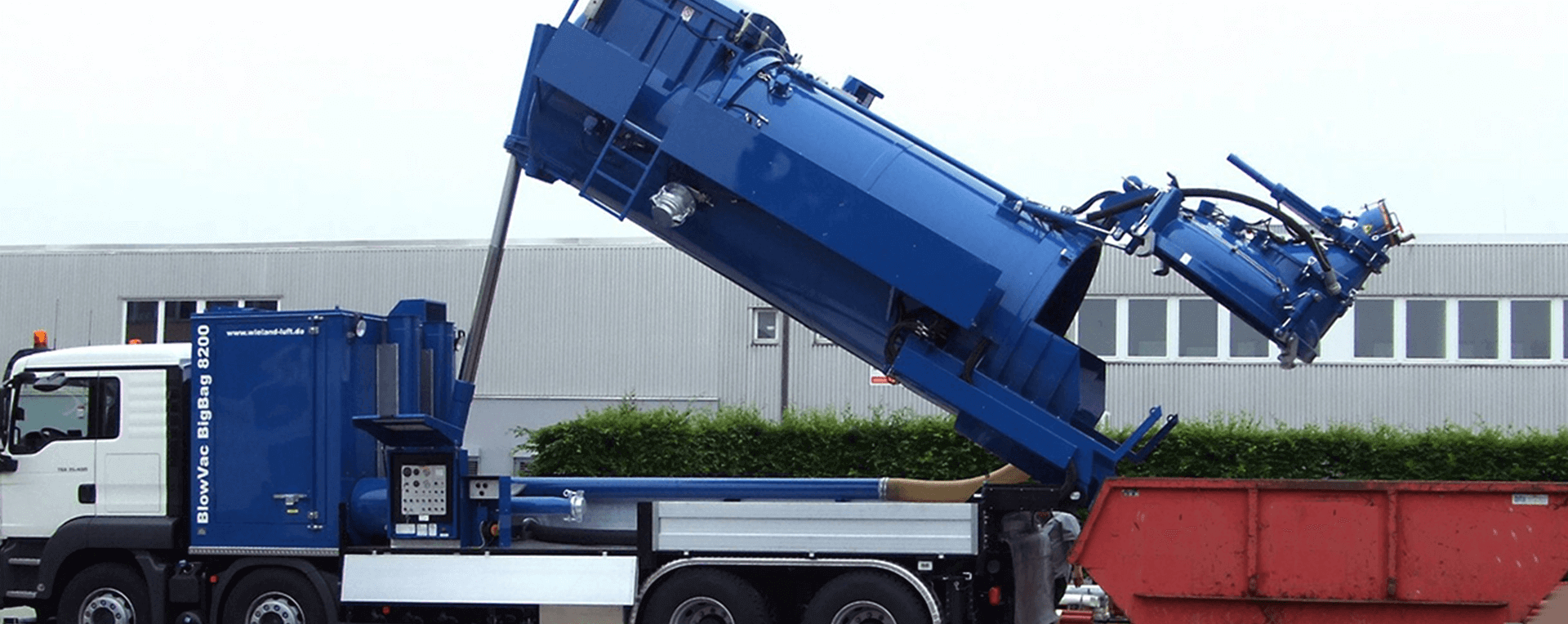 Industrial Vacuum Cleaners And Vacuum Trucks In Dubai Uae